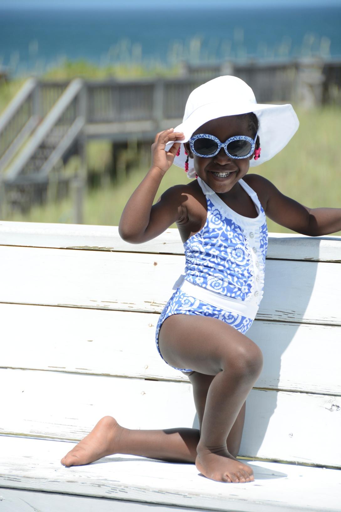 kira ready for the beach