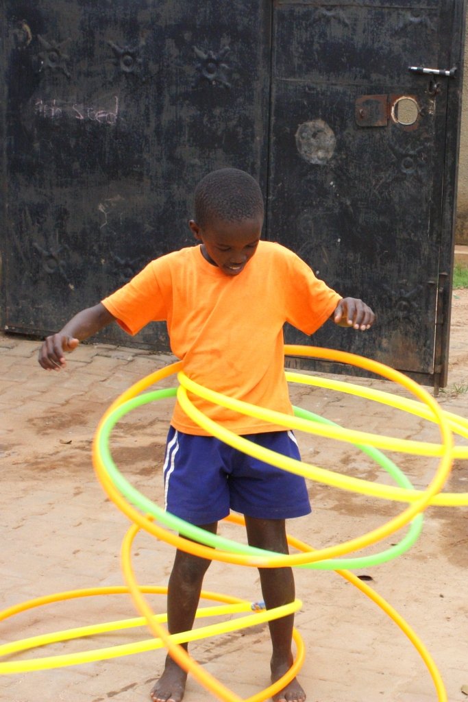 that's the way to hoola hoop